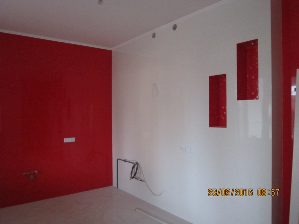 Покраска стен,потолков,перегородок.