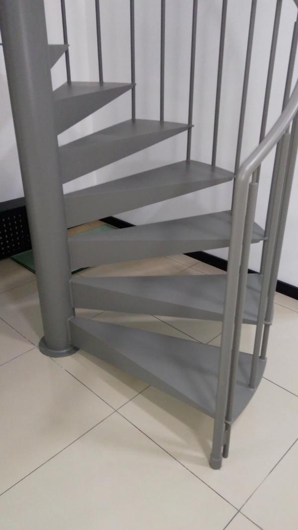 """Винтовая металлическая лестница. """"Броневик"""" Днепр."""