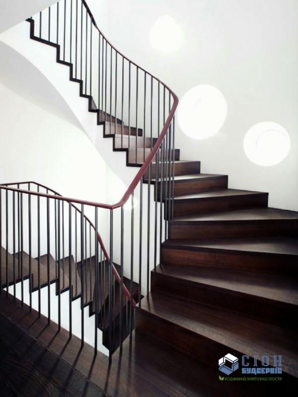 Лестницы из дерева и металла в Харькове